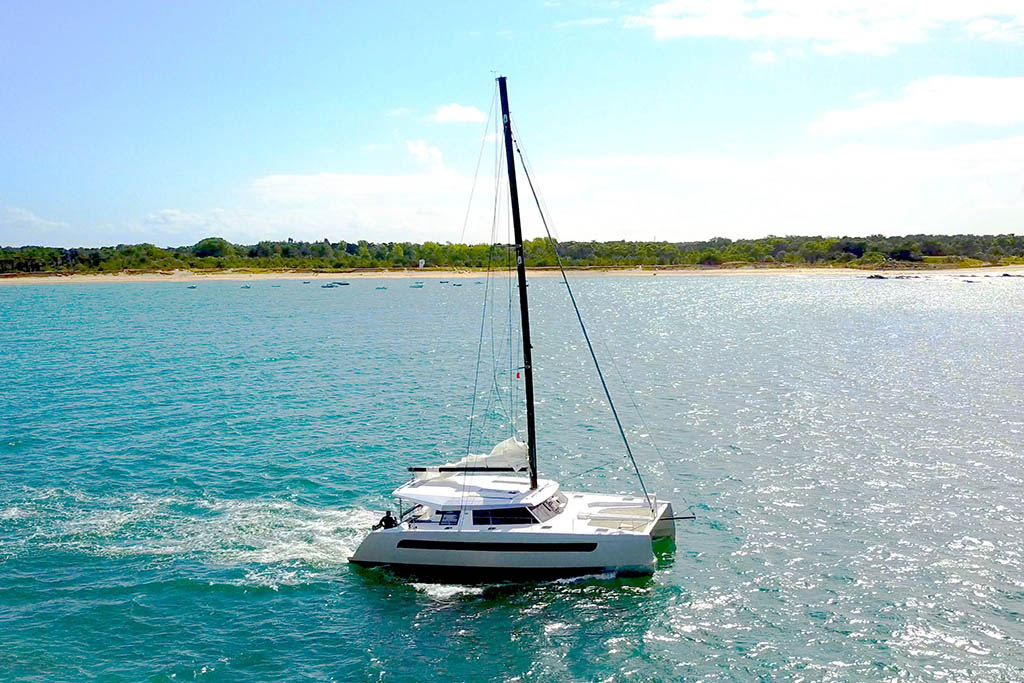 Go Yachting charter